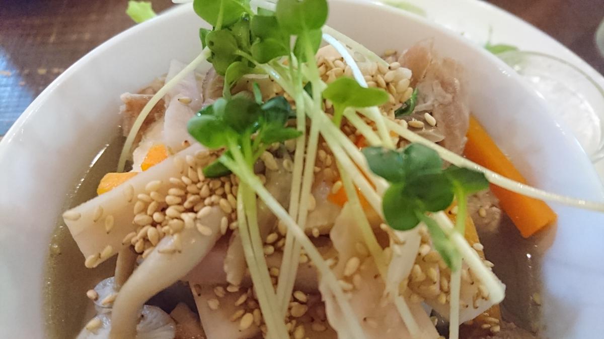 鶏もも肉と根菜のあっさりスープ煮のプレート 20 -2