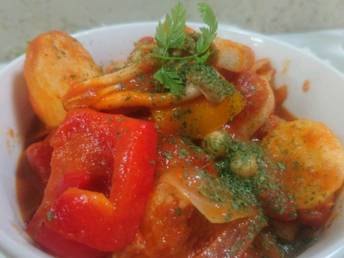チキンと野菜のトマトクリーム煮のプレート 2 -1