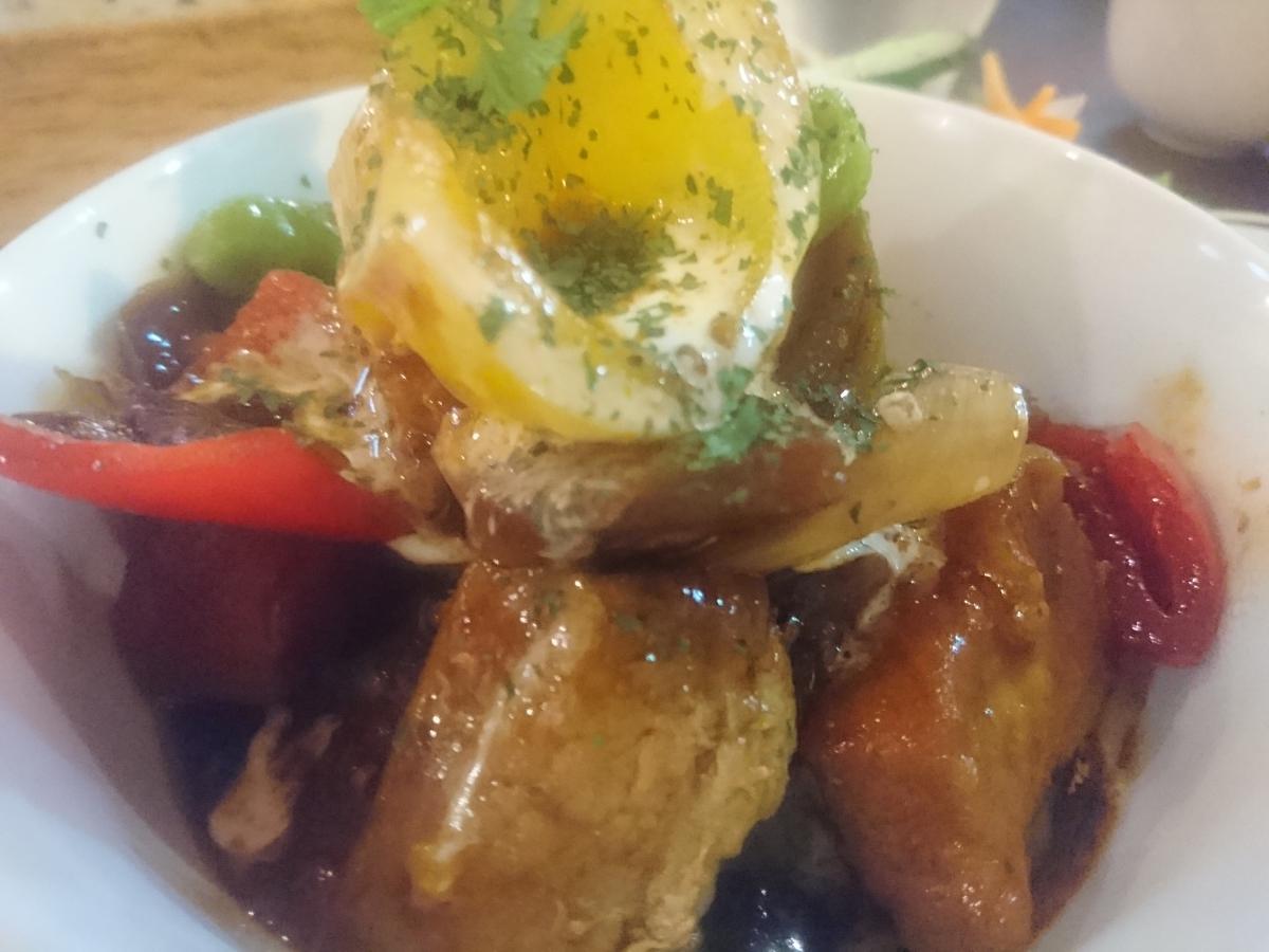 豚バラと野菜のデミグラスソース煮のプレート 54 -1