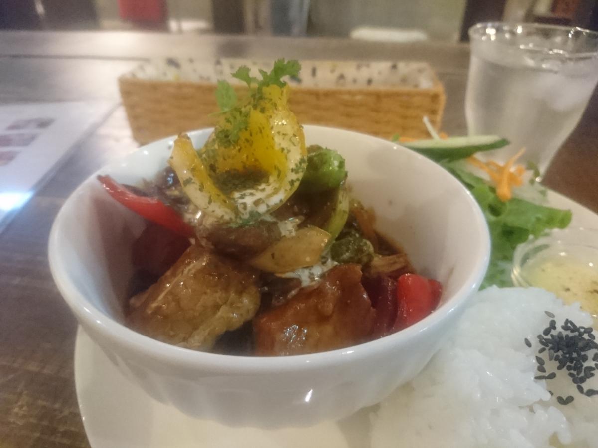 豚バラと野菜のデミグラスソース煮のプレート 54 -3