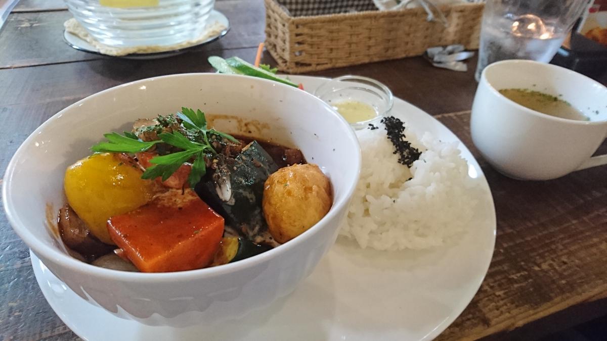 豚バラと野菜のデミグラスソース煮のプレート 65 -2