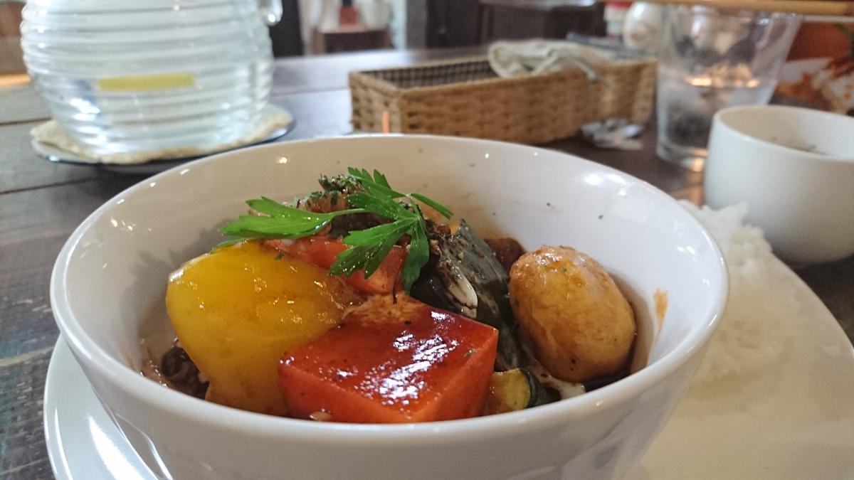 豚バラと野菜のデミグラスソース煮のプレート 65 -3