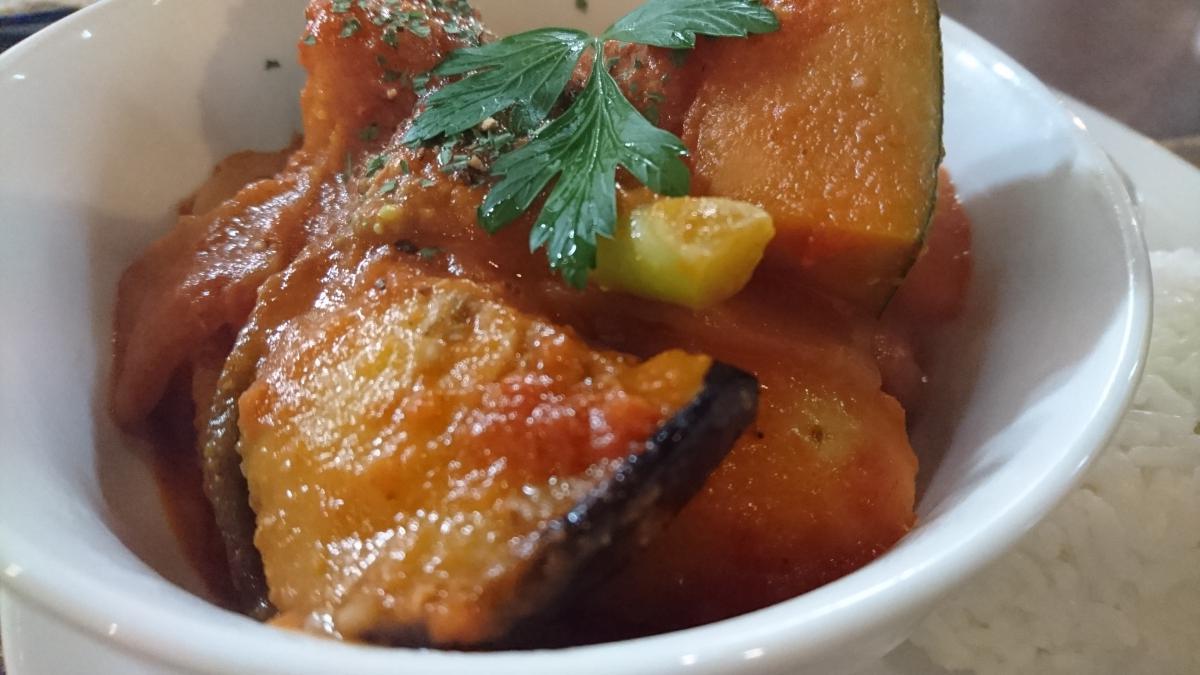 豚バラと野菜のトマトクリーム煮のプレート 67 -1