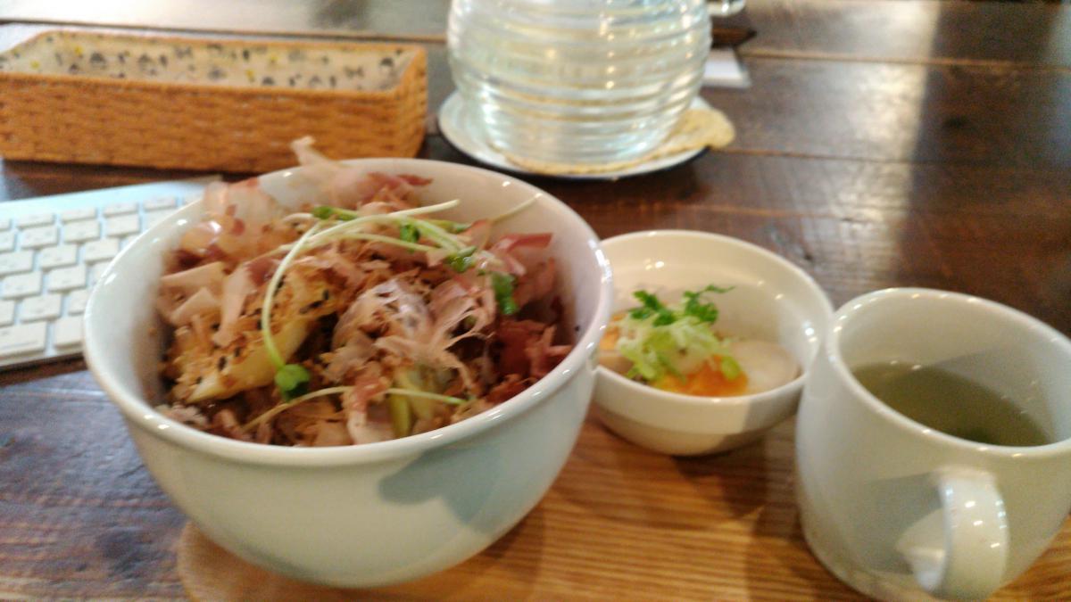 豚肉とキャベツの和風おかか丼 80 -1